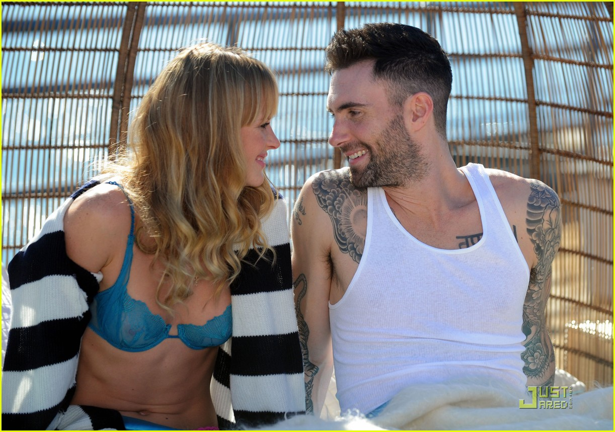 adam levine anne vyalitsyna music video 04