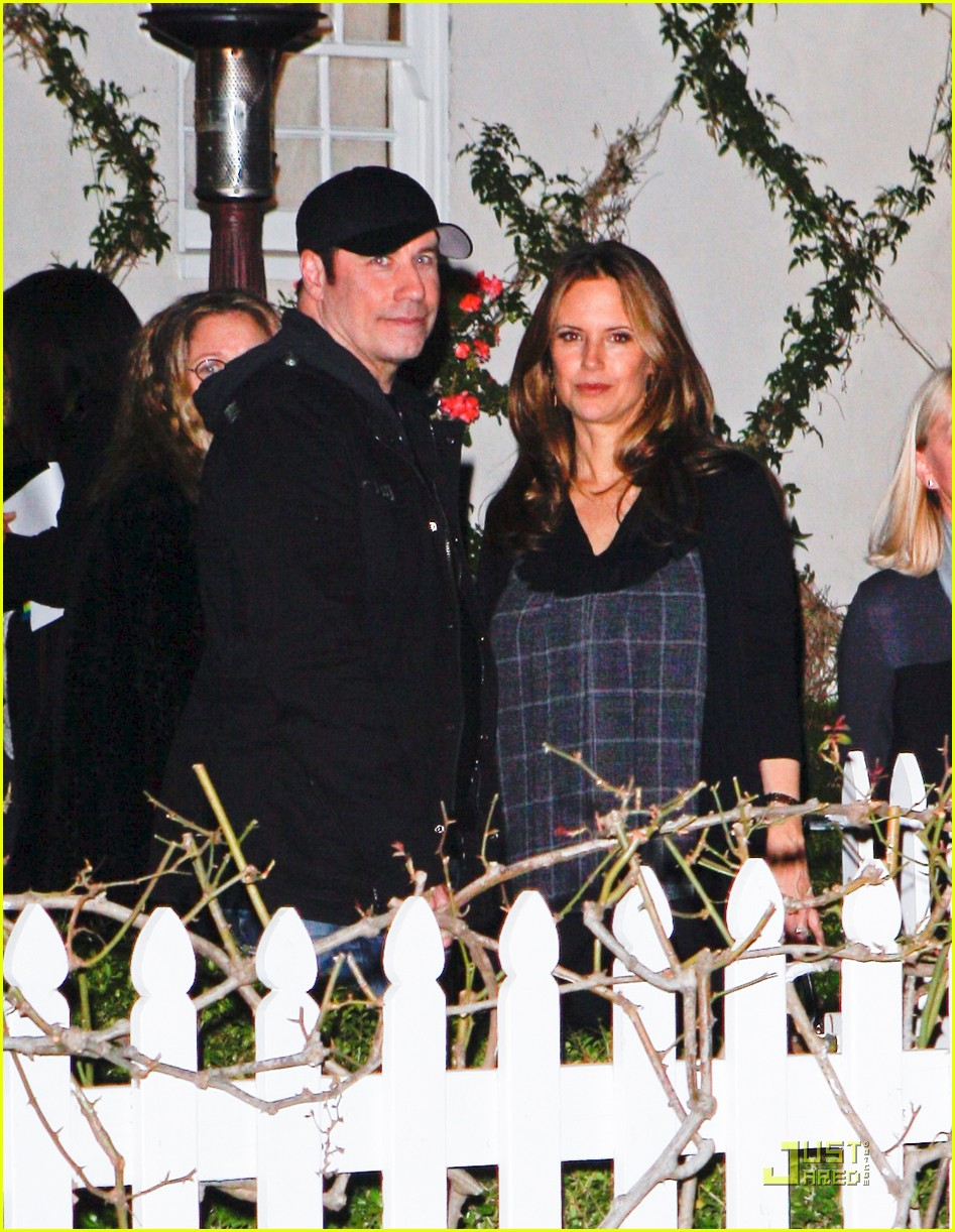 jennifer lopez marc anthony john travolta kelly preston dinner 02