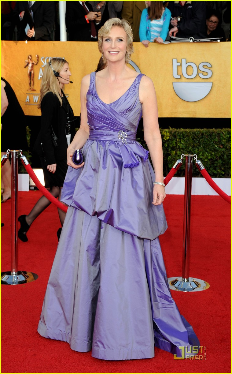 jane lynch heather morris sag awards 01