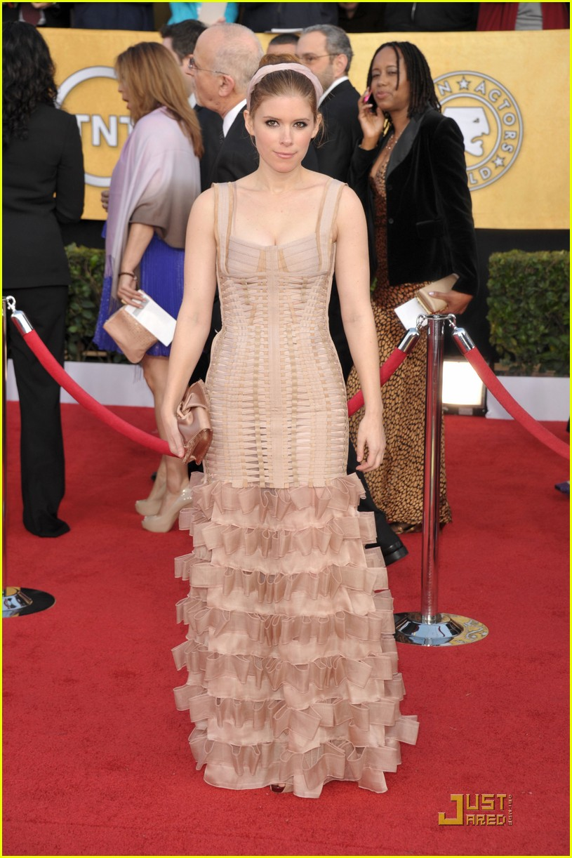 kate mara max minghella sag awards 05