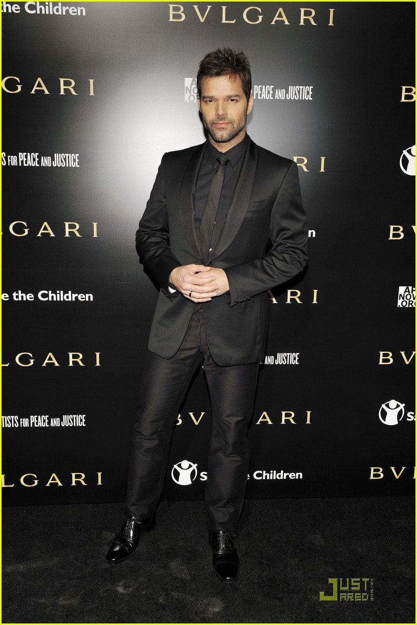 ricky martin chace crawford artists for peace 11