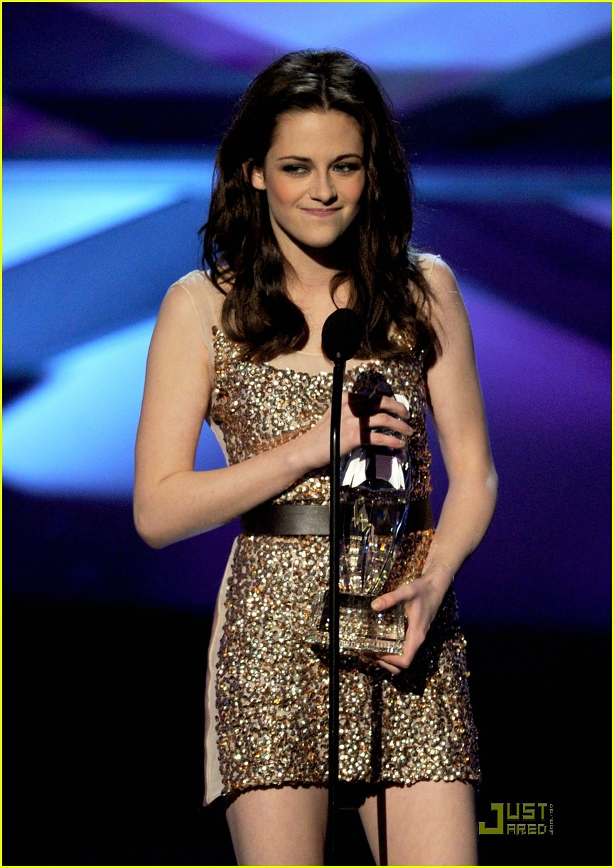 robert pattinson kristen stewart pcas 01