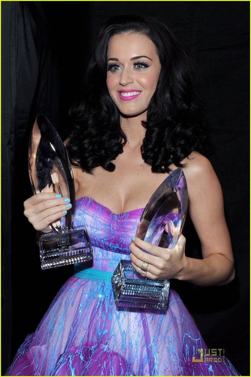 katy perry pcas 09