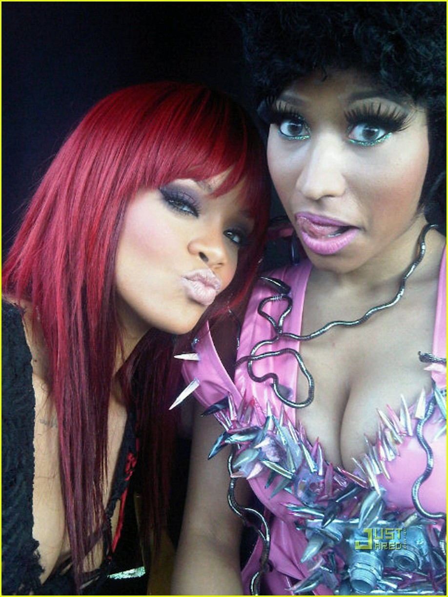 rihanna nicki minah fly video preview 01