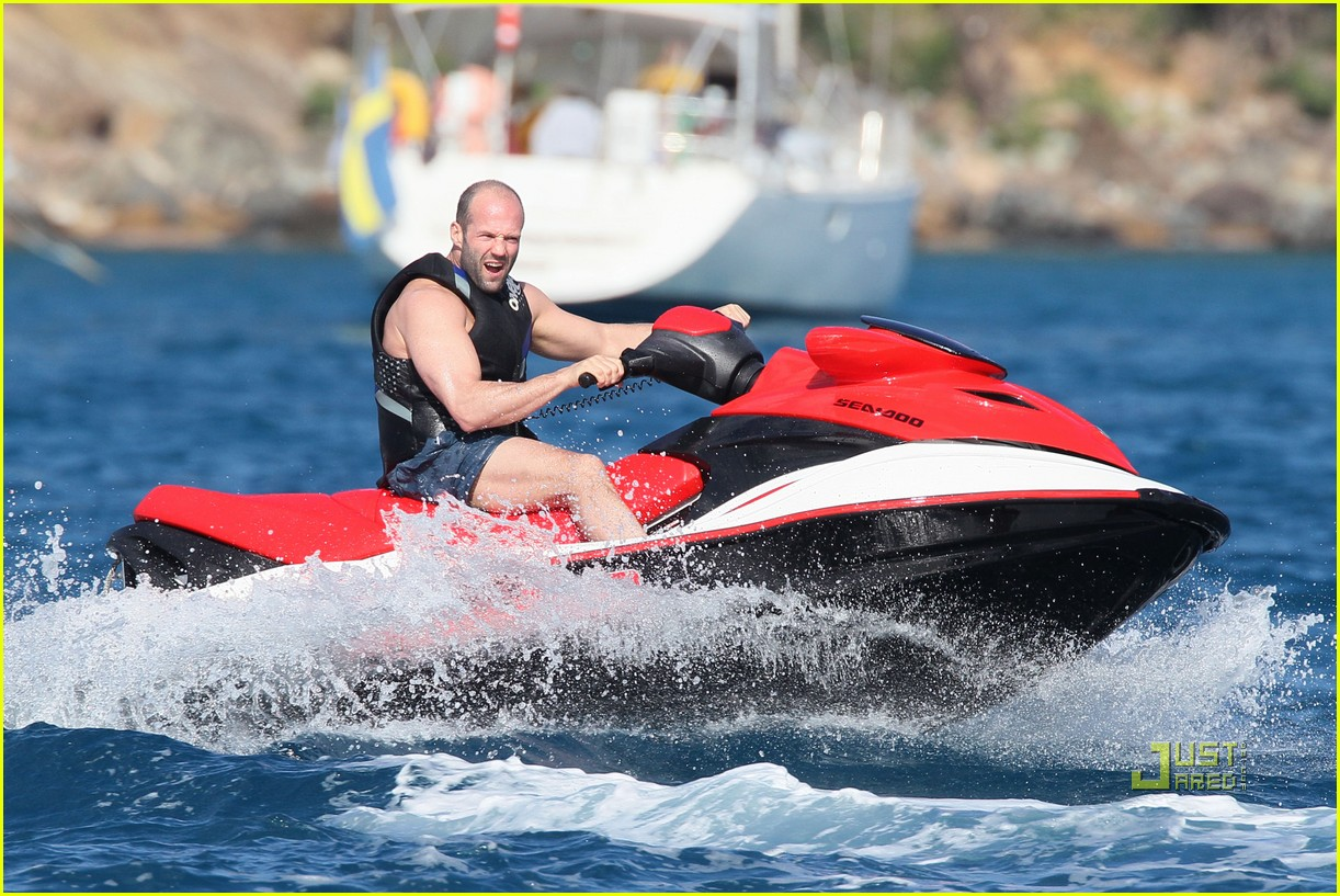 rosie huntington whiteley jason statham jet ski 032507869