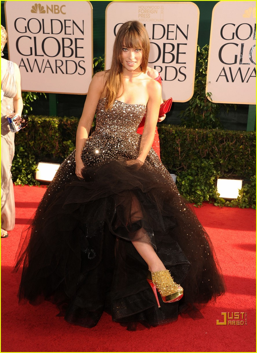 olivia wilde golden globes red carpet 2011 12