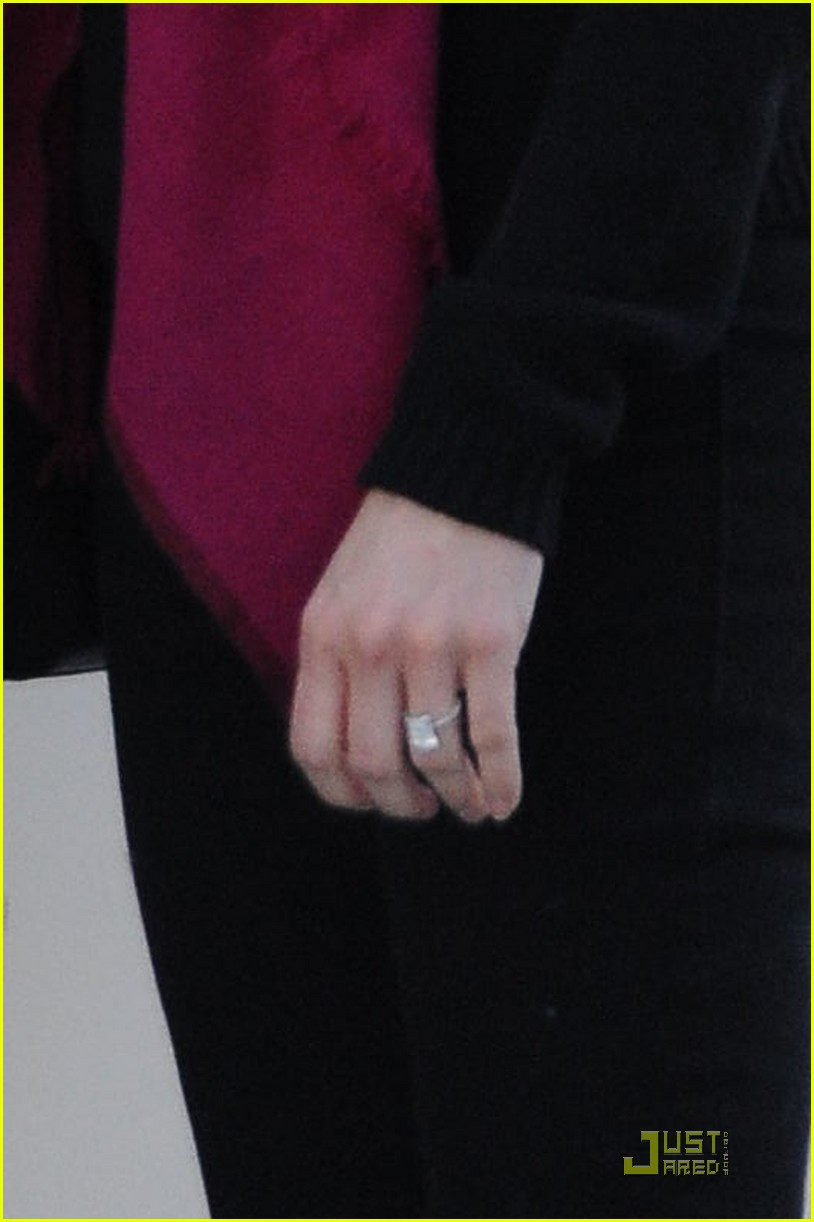 reese witherspoon engagement ring 062508183