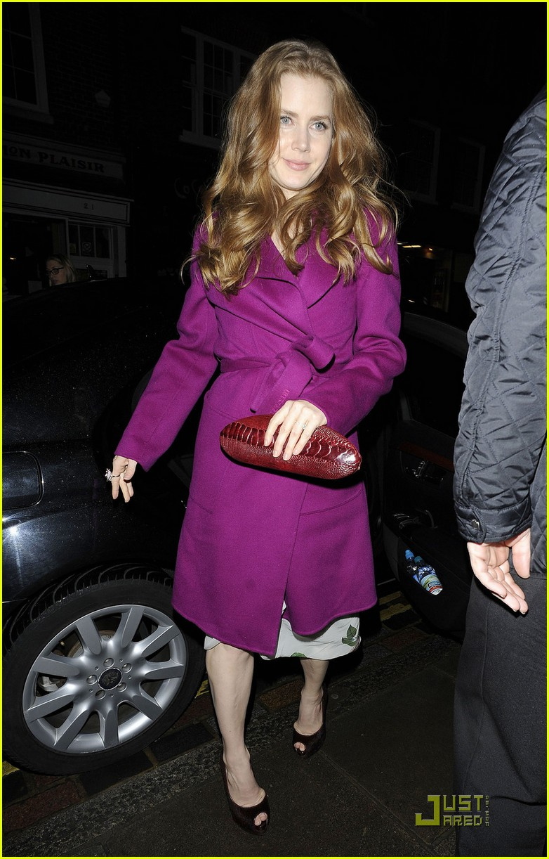 amy adams pre BAFTA dinner in london 01