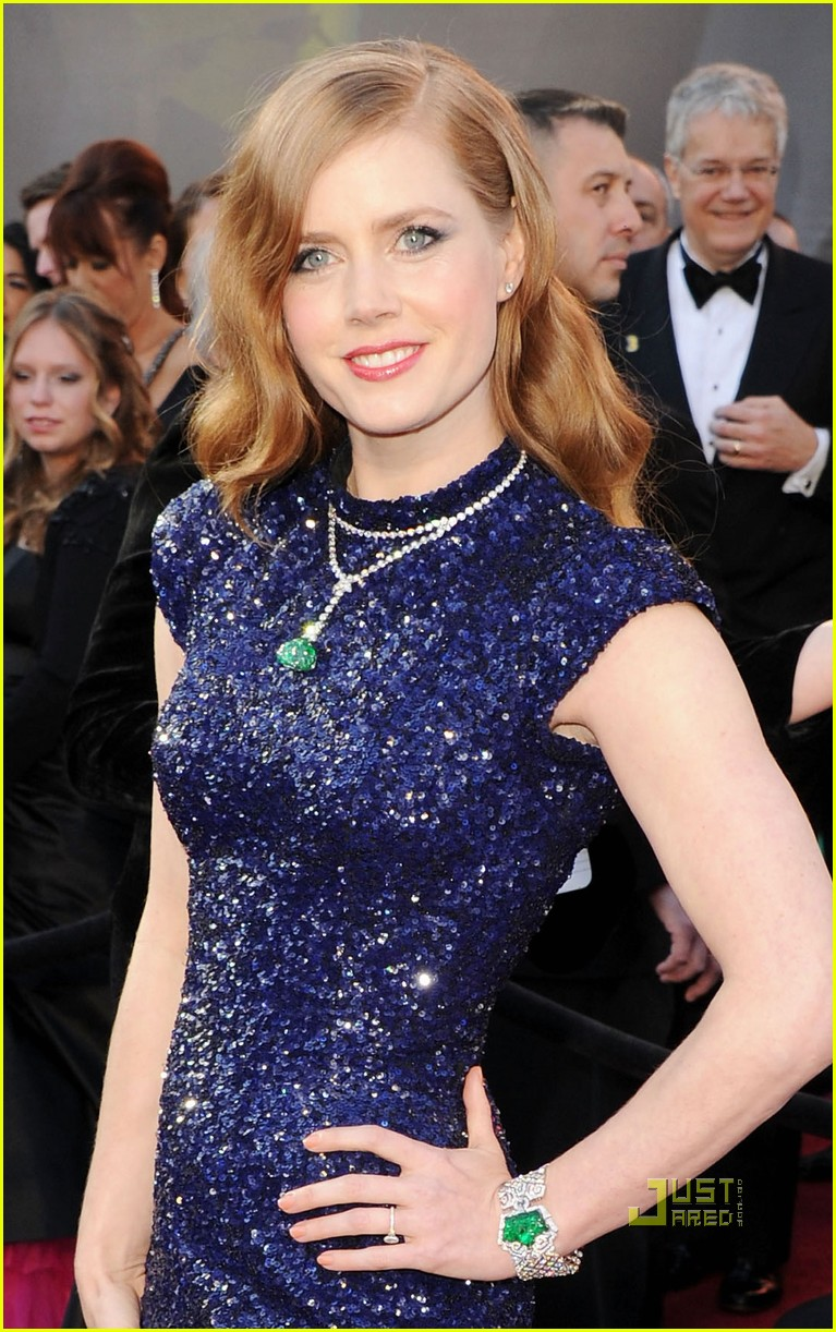 Amy Adams Oscars 2011 Red Carpet Photo 2523593 Darren Le Gallo Pictures Just Jared