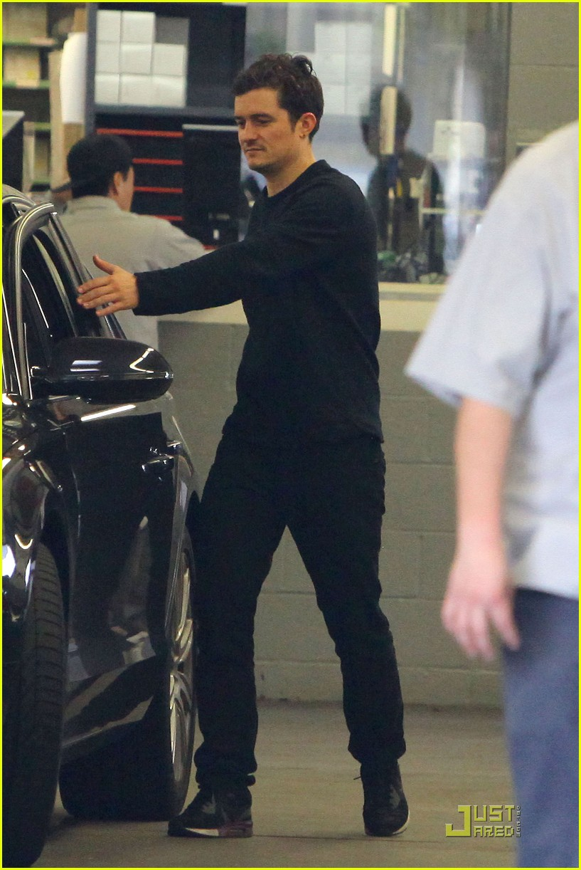 orlando bloom car repair 15