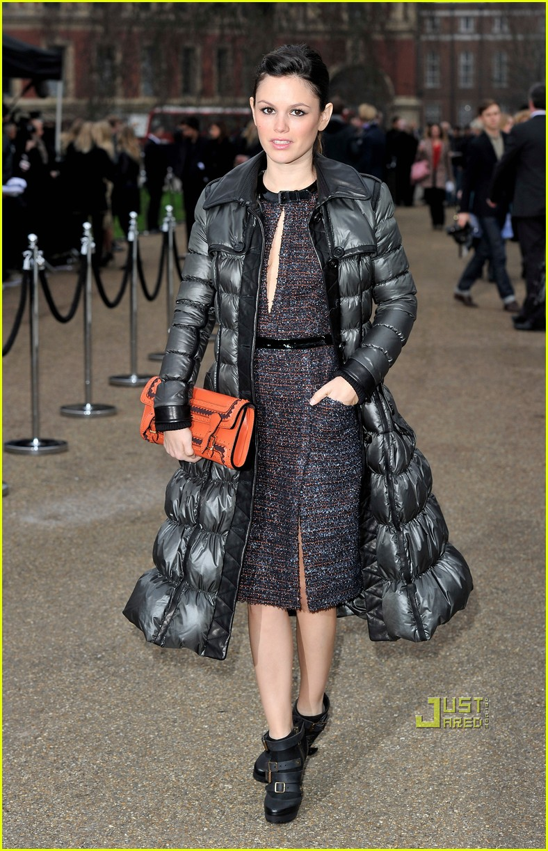 rachel bilson burberry fashion week 03