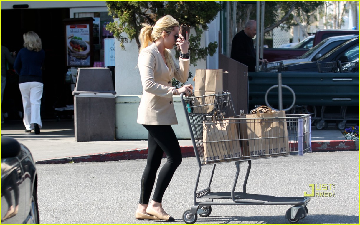 amanda bynes bristol farms grocery shopping 02
