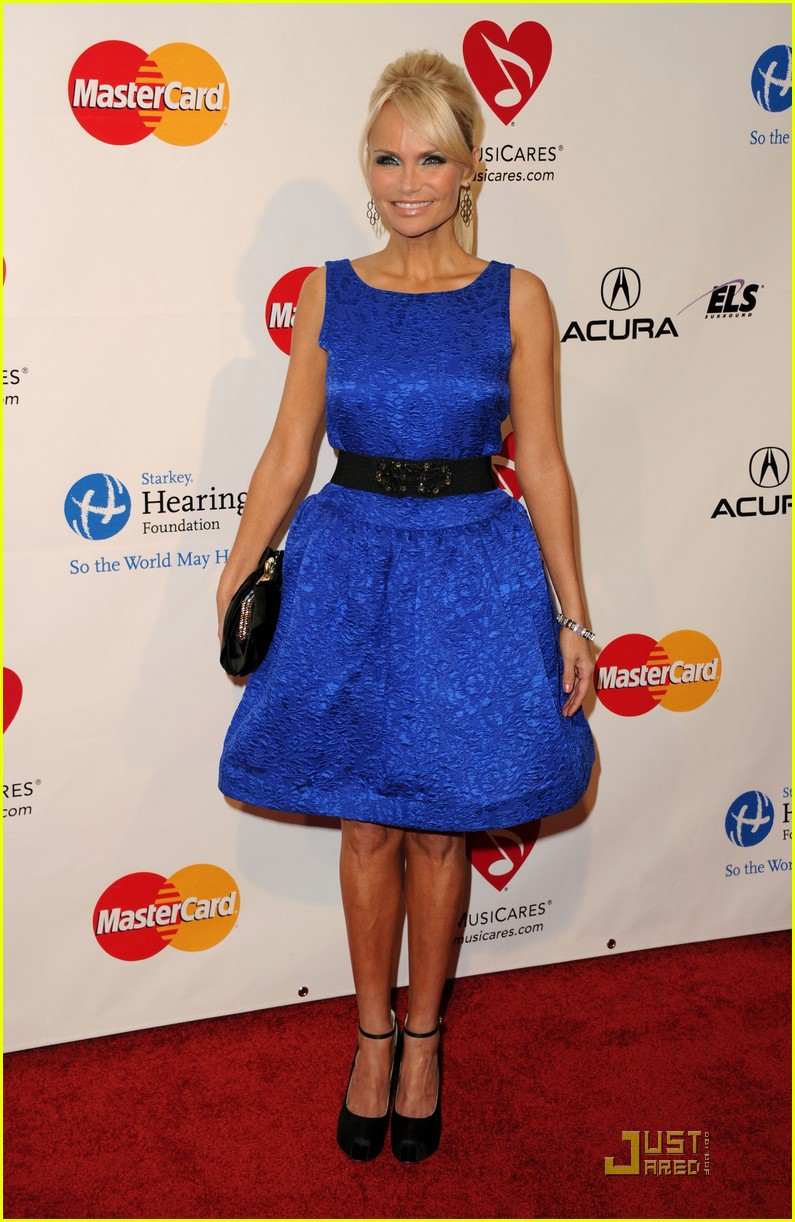 kristin chenoweth darren criss matthew morrison musicares 09