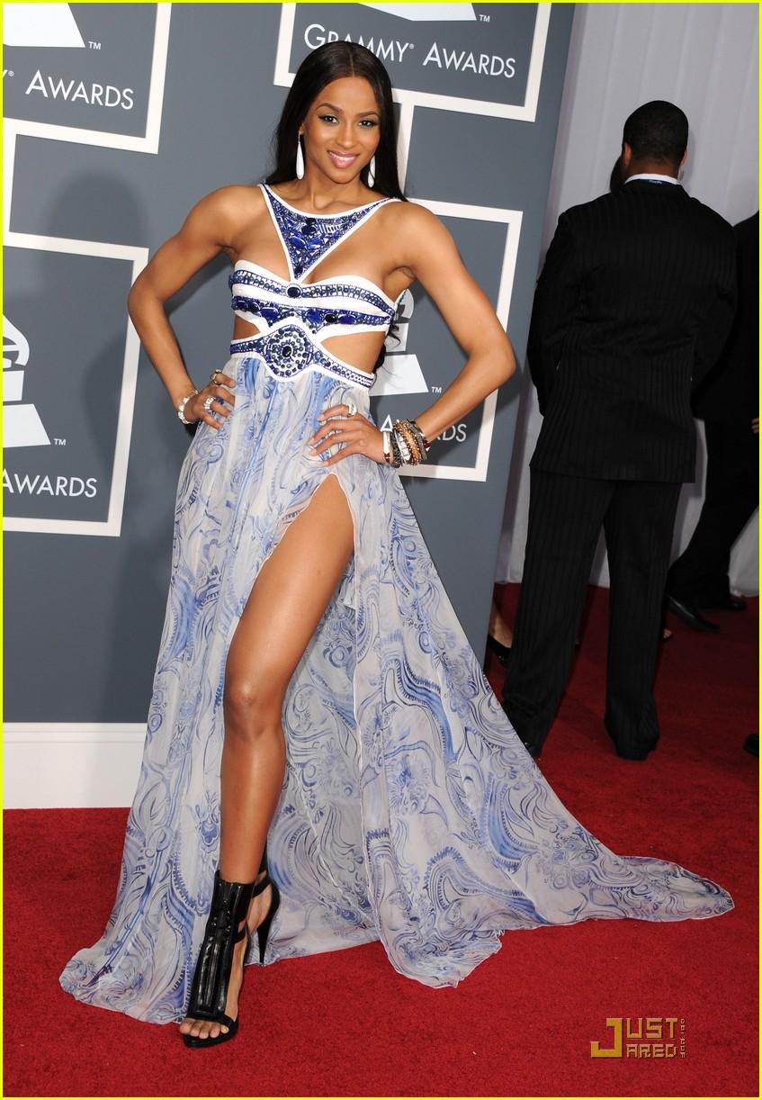 Grammy dresses 2011