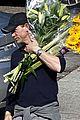 daniel craig flower power 04