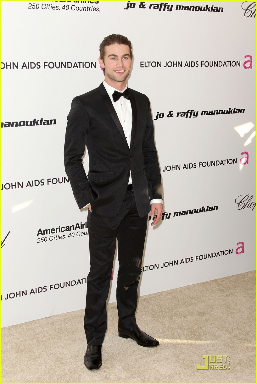 chace crawford matthew morrison oscars 2011 03