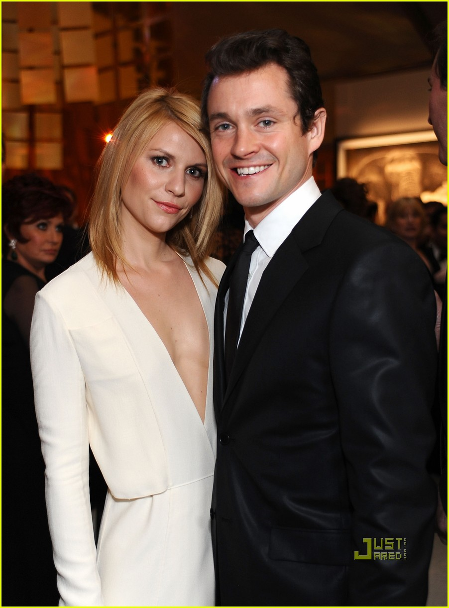 claire danes hugh dancy elton john aids foundation oscar viewing party 03