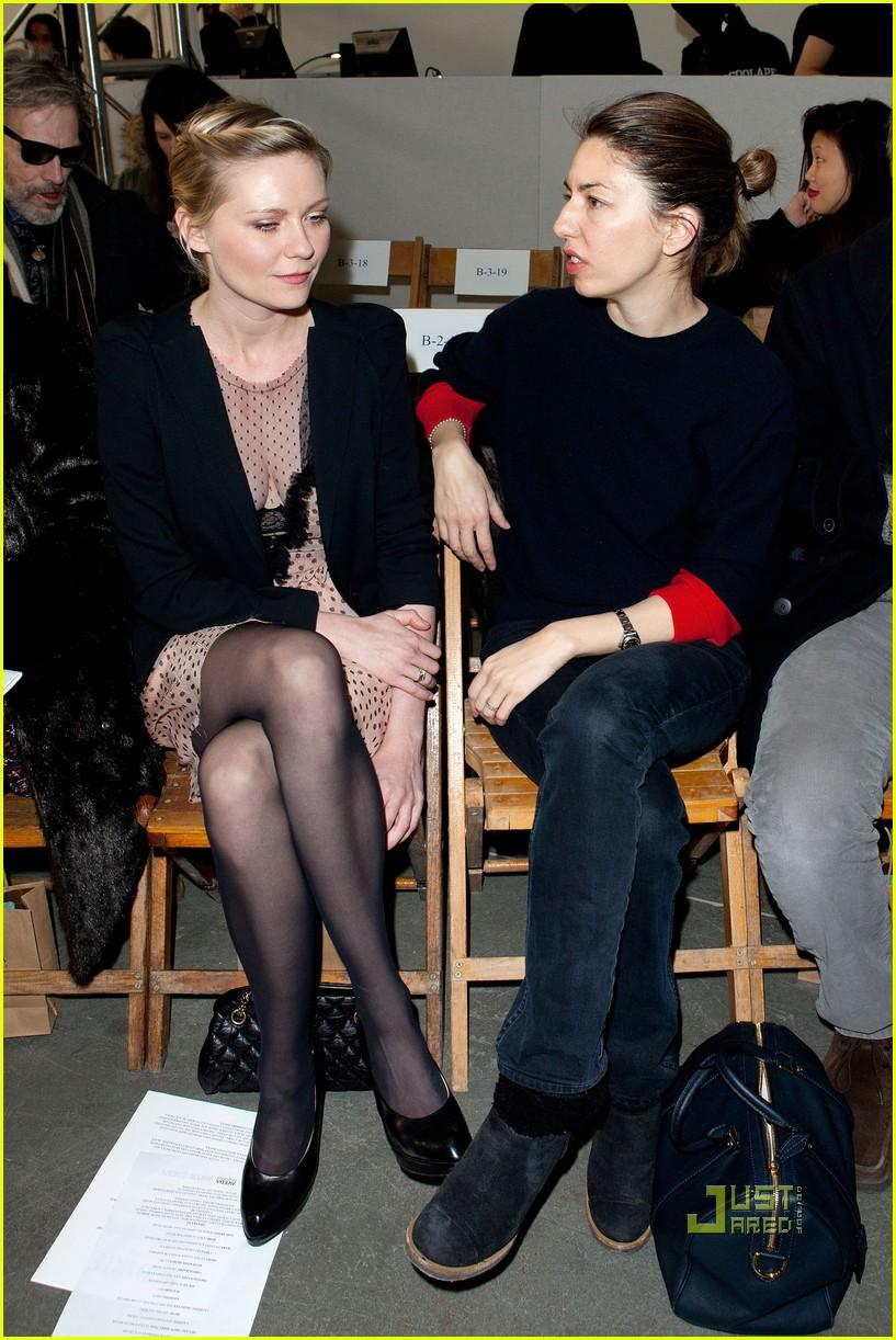 kirsten dunst sofia coppola rodarte fashion show 06