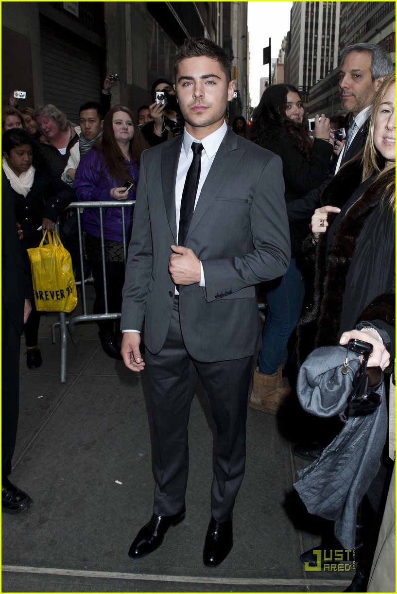 zac efron calvin klein show joe jonas 11