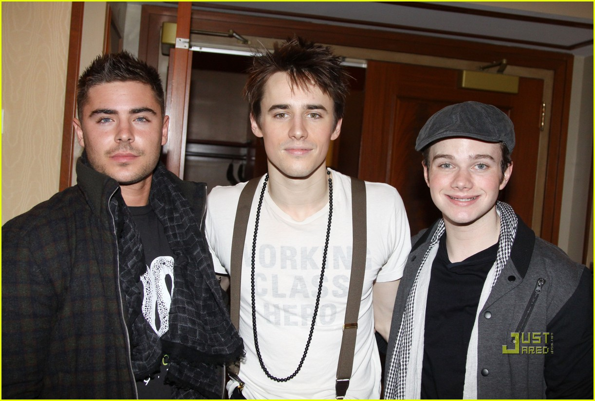 zac efron reeve carney chris colfer spiderman 01
