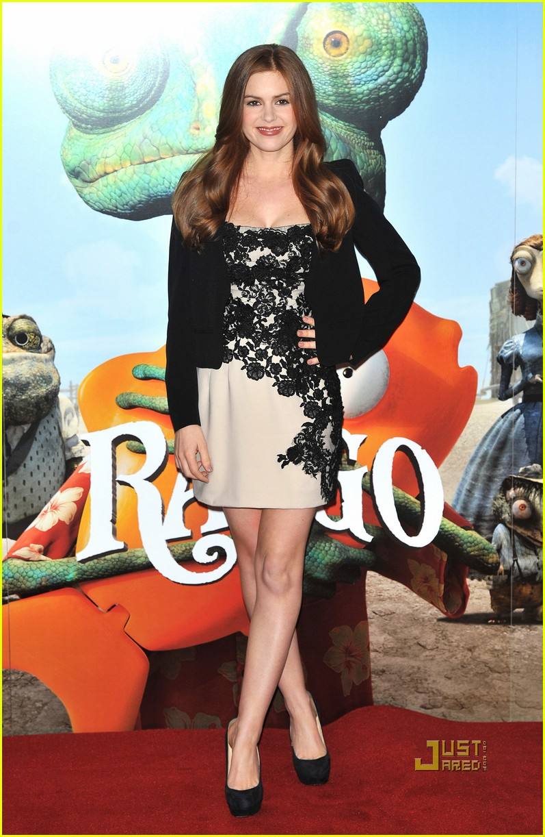 isla fisher abigail breslin rango photo call claridges 06