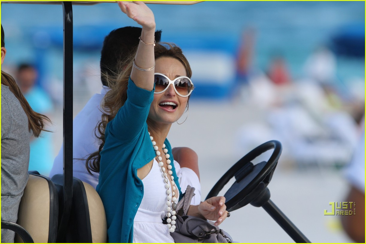 giada de laurentiis todd thompson sobe wine food festival 04
