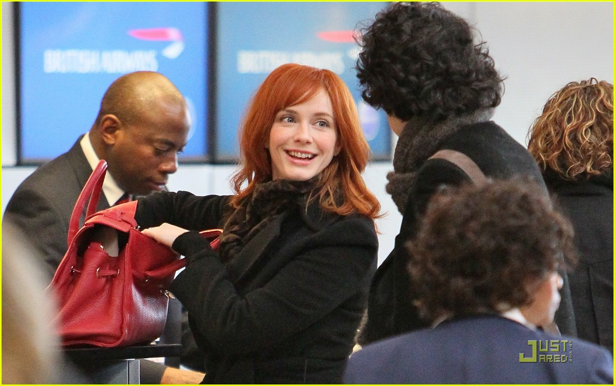 christina hendricks four eyed flight 01