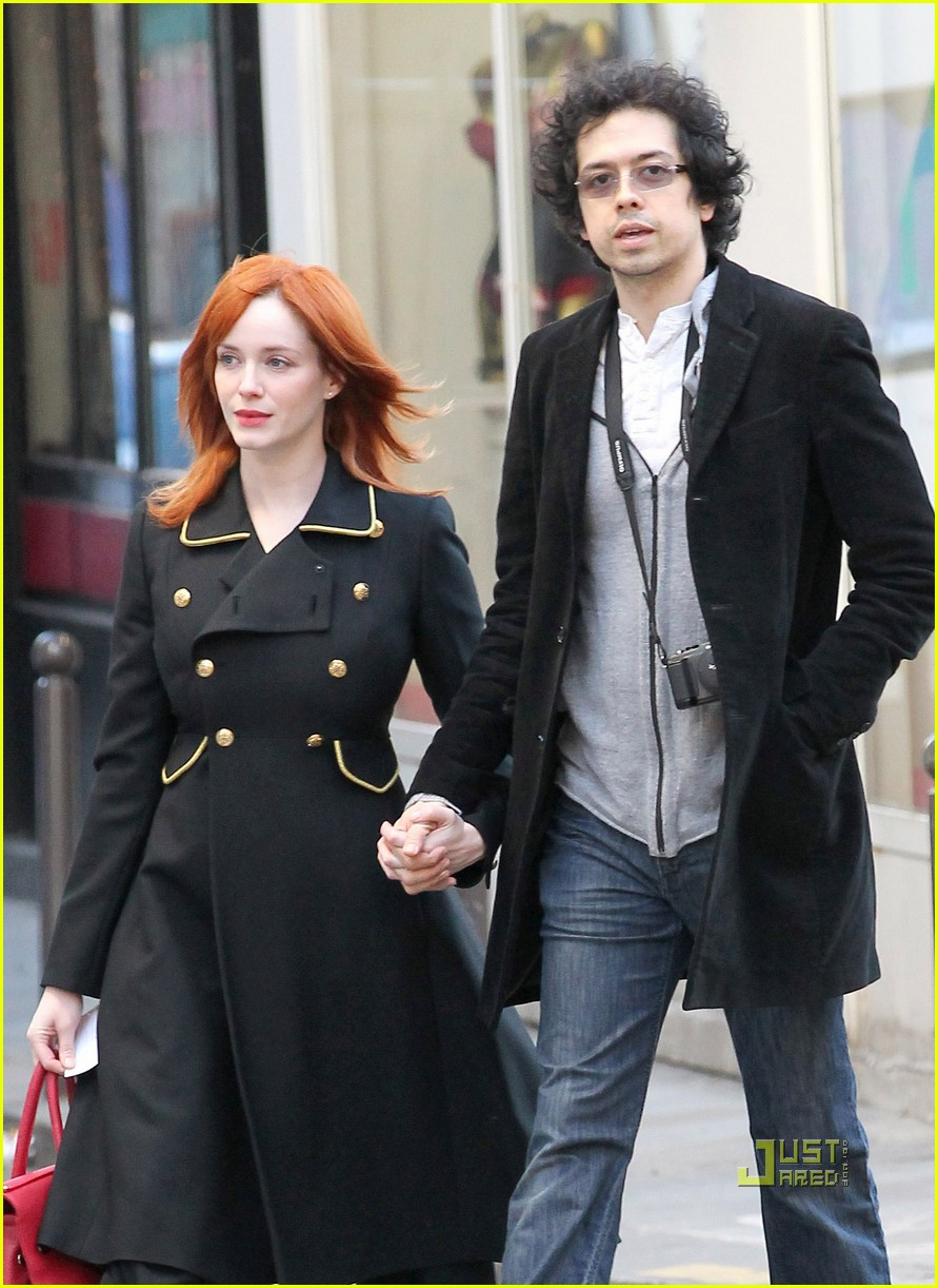 christina hendricks geoffrey arend paris shopping 102517546
