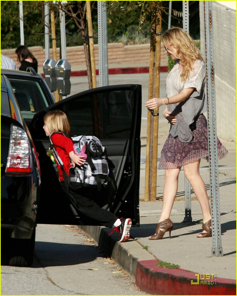 kate hudson babies her baby 02