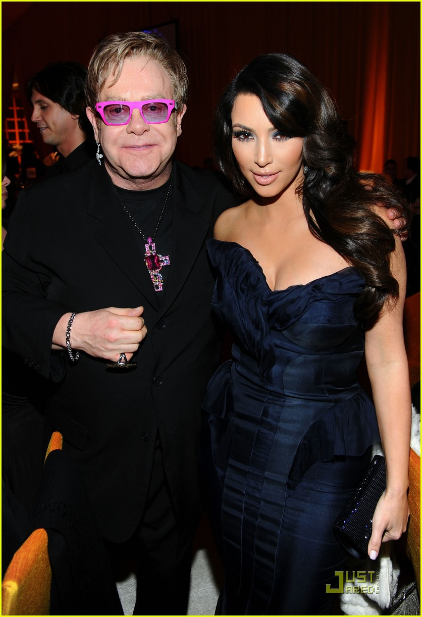 kim kardashian elton john 032523824