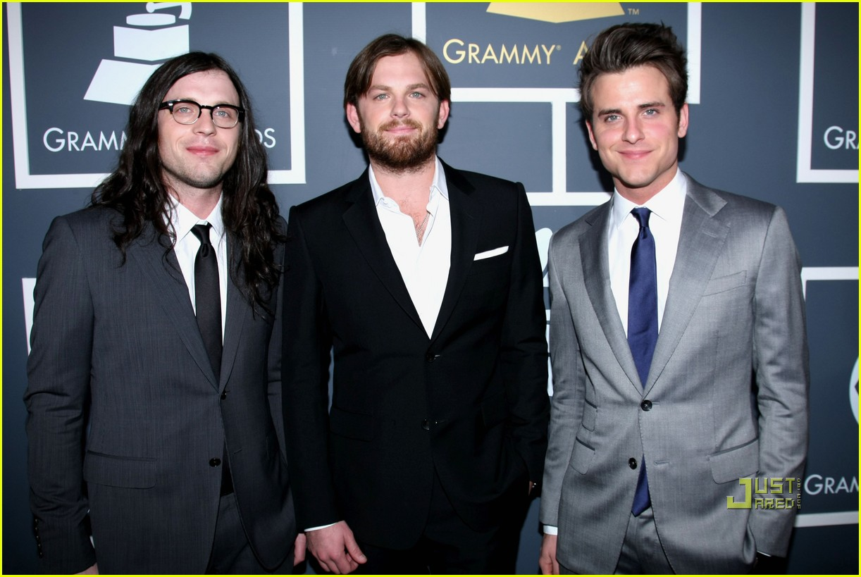 kings of leon grammys 2011 05