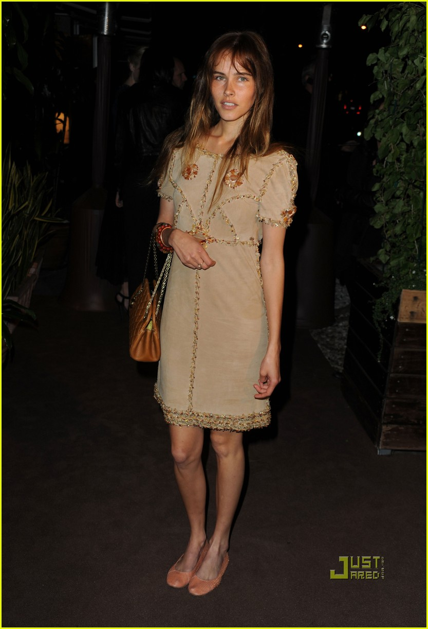isabel lucas chanel charles finch pre oscar dinner 01