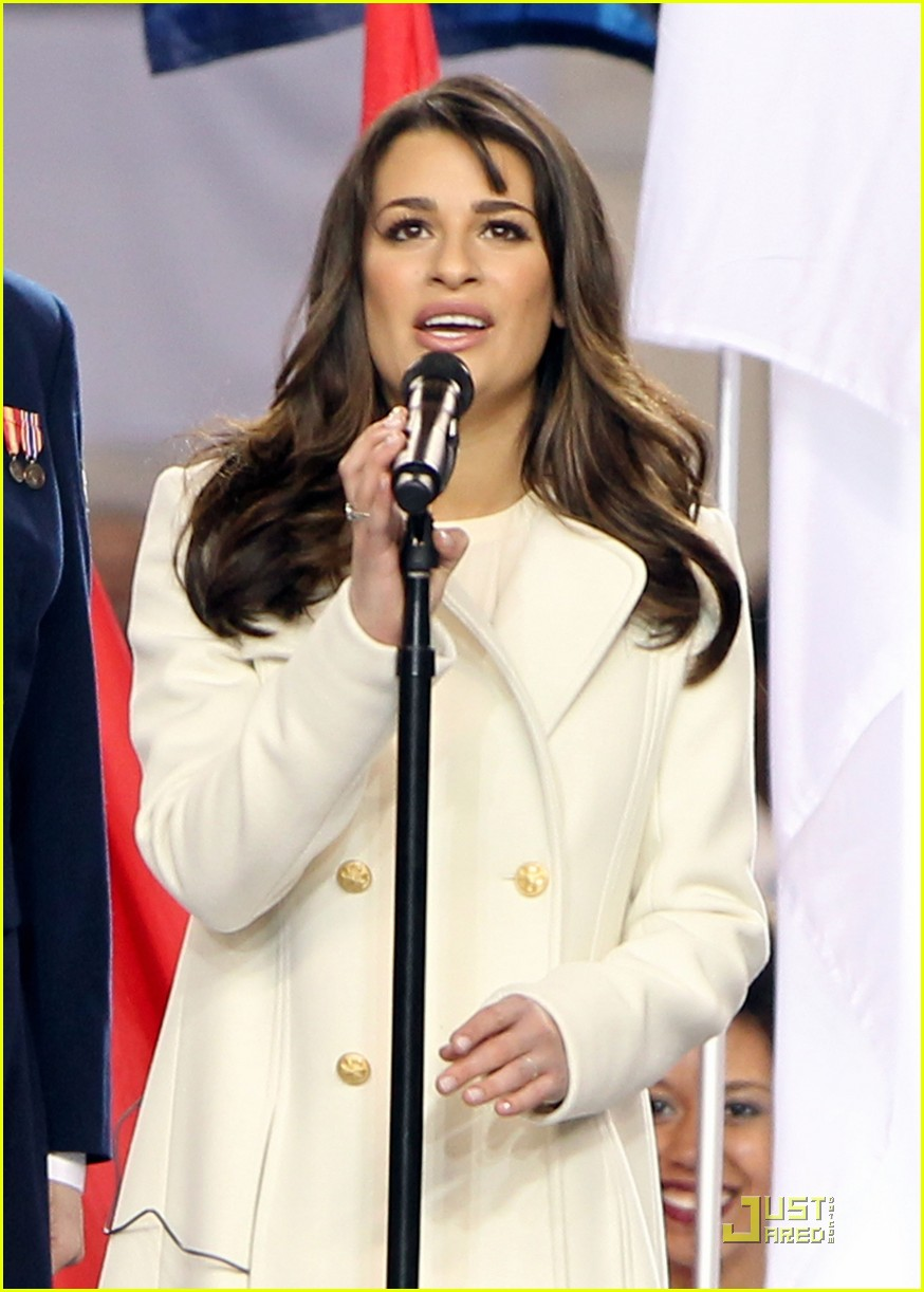 lea michele super bowl performance 07