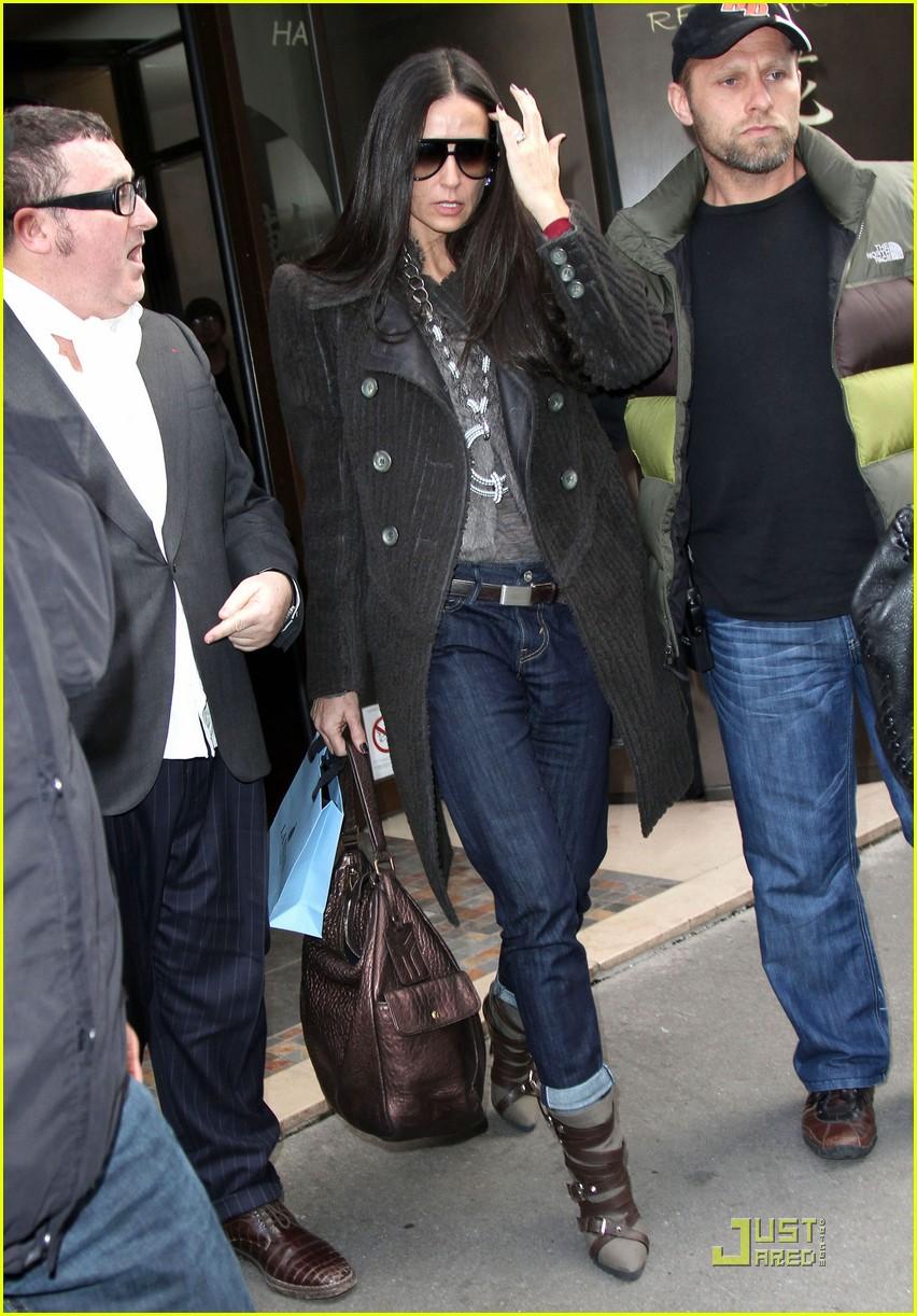 Demi Moore & Ashto...