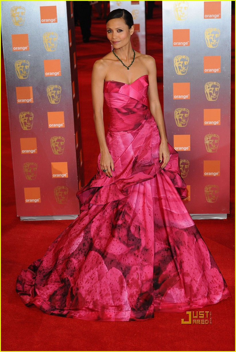 thandie newton baftas elle style awards 01