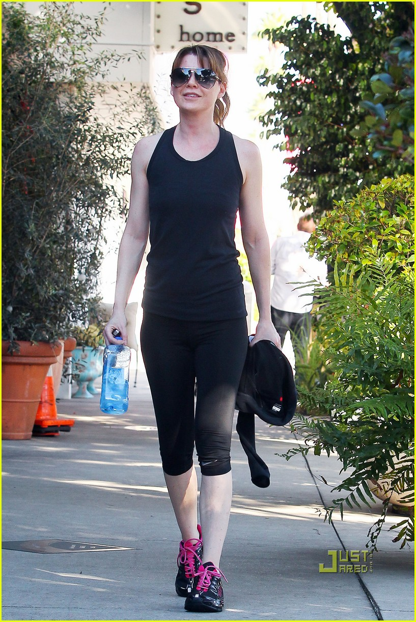 ellen pompeo fit fabulous 06