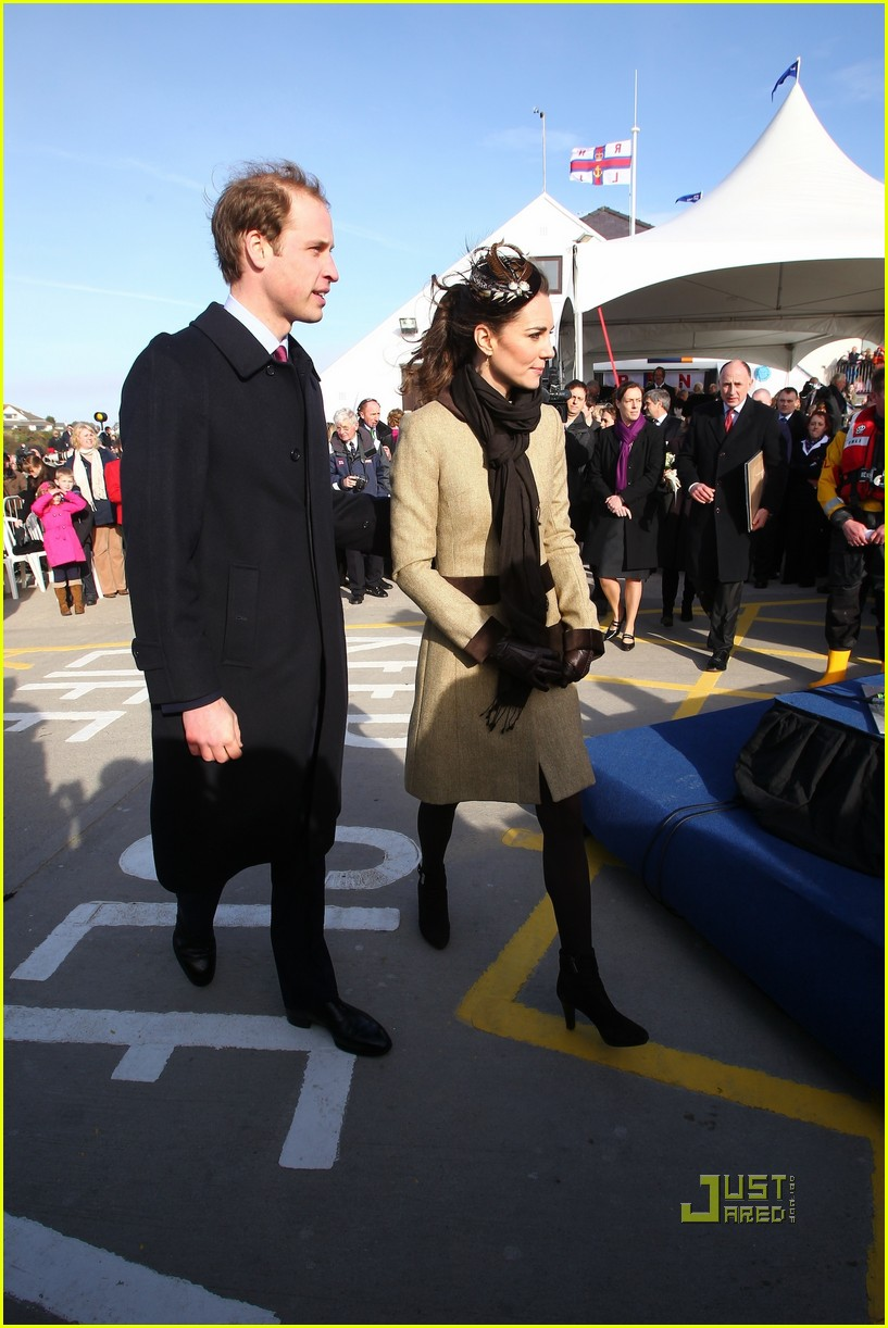 prince william kate middleton lifeboat 052522563