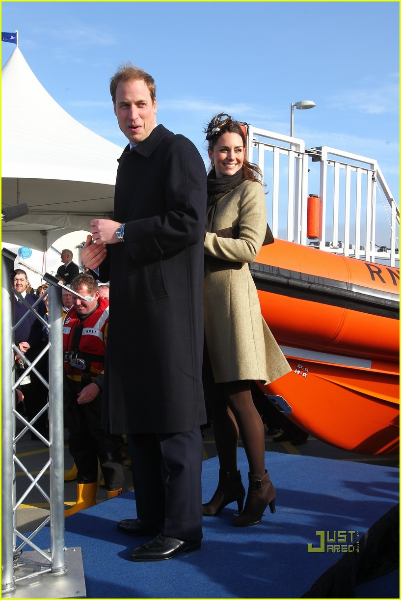 prince william kate middleton lifeboat 27