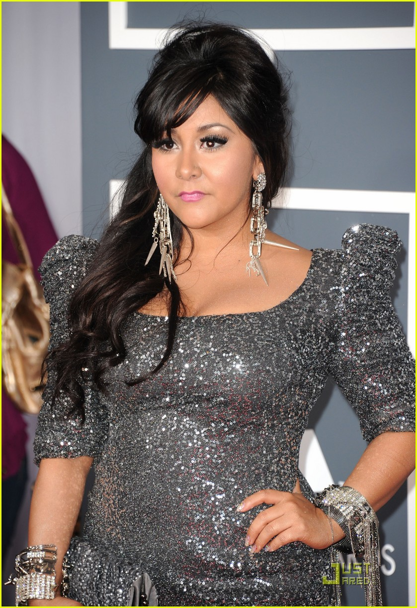 snooki situation grammys red carpet 03