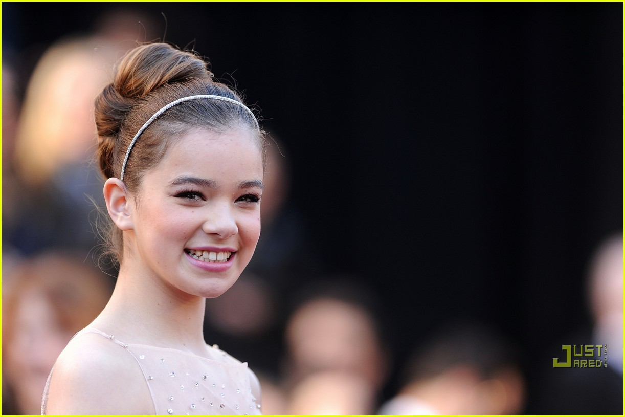 hailee steinfeld 2011 oscars 05