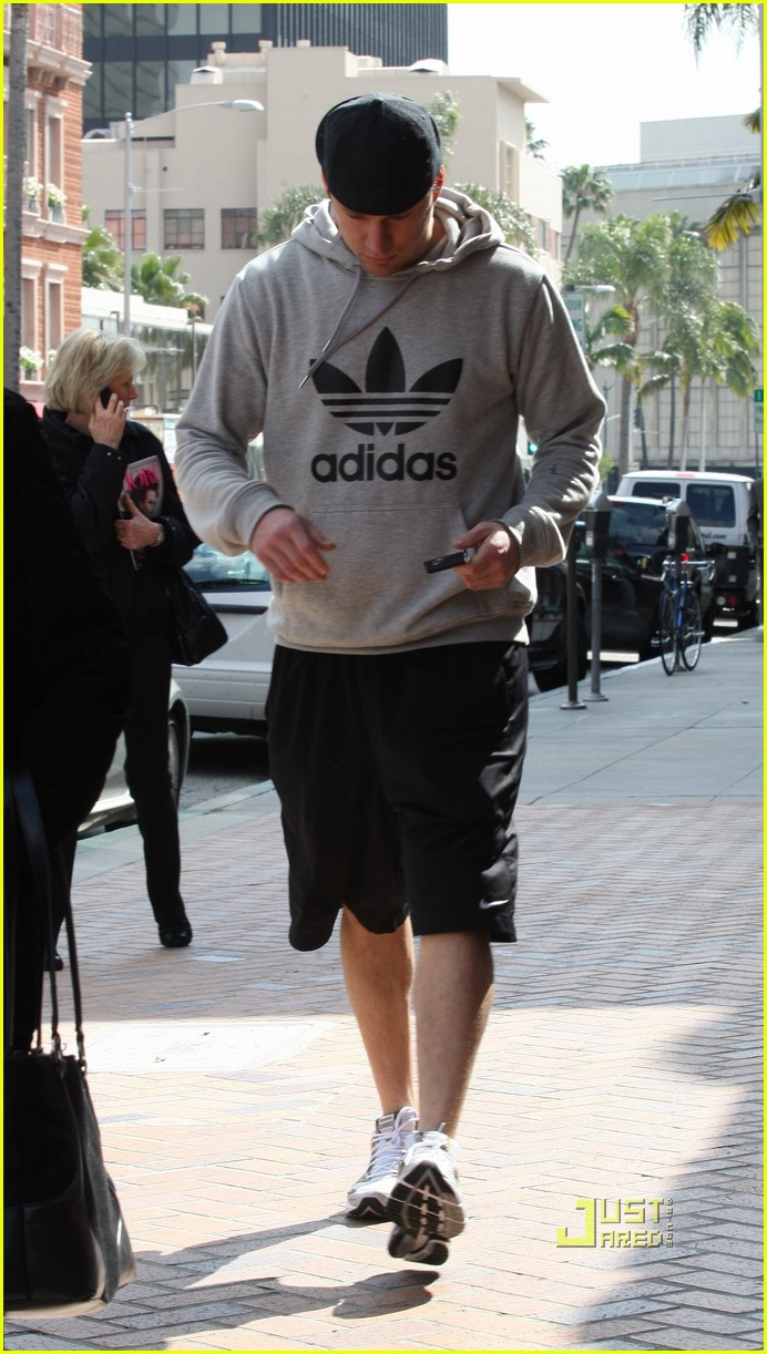 channing tatum adidas medical center 02