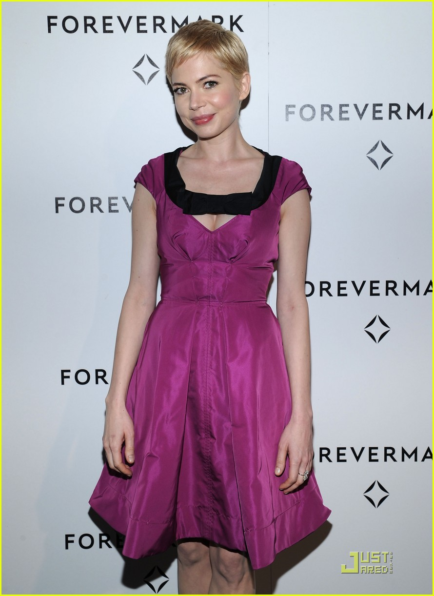 michelle williams forevermark dinner honoree 01