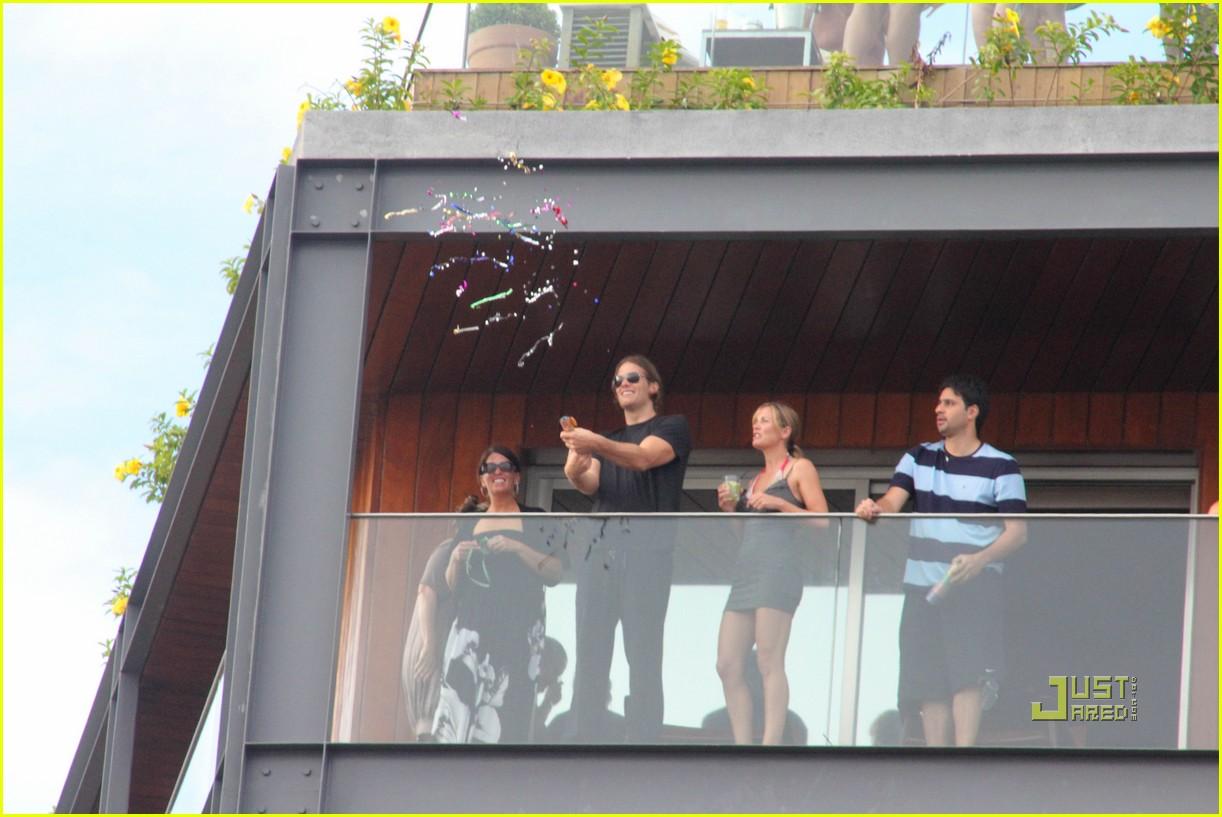 gisele bundchen tom brady brazil balcony 222525857