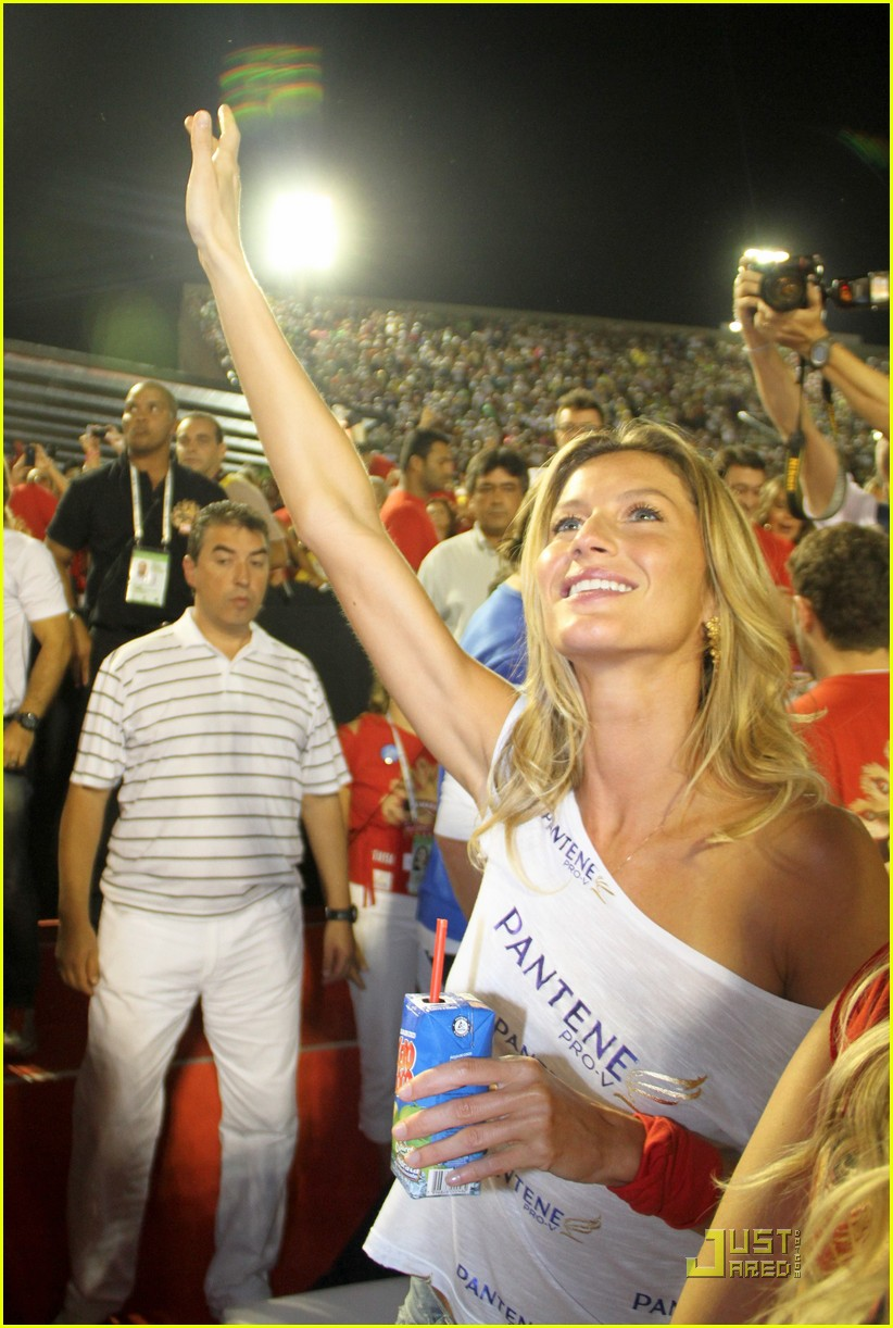 gisele bundchen tom brady carnival couple 06