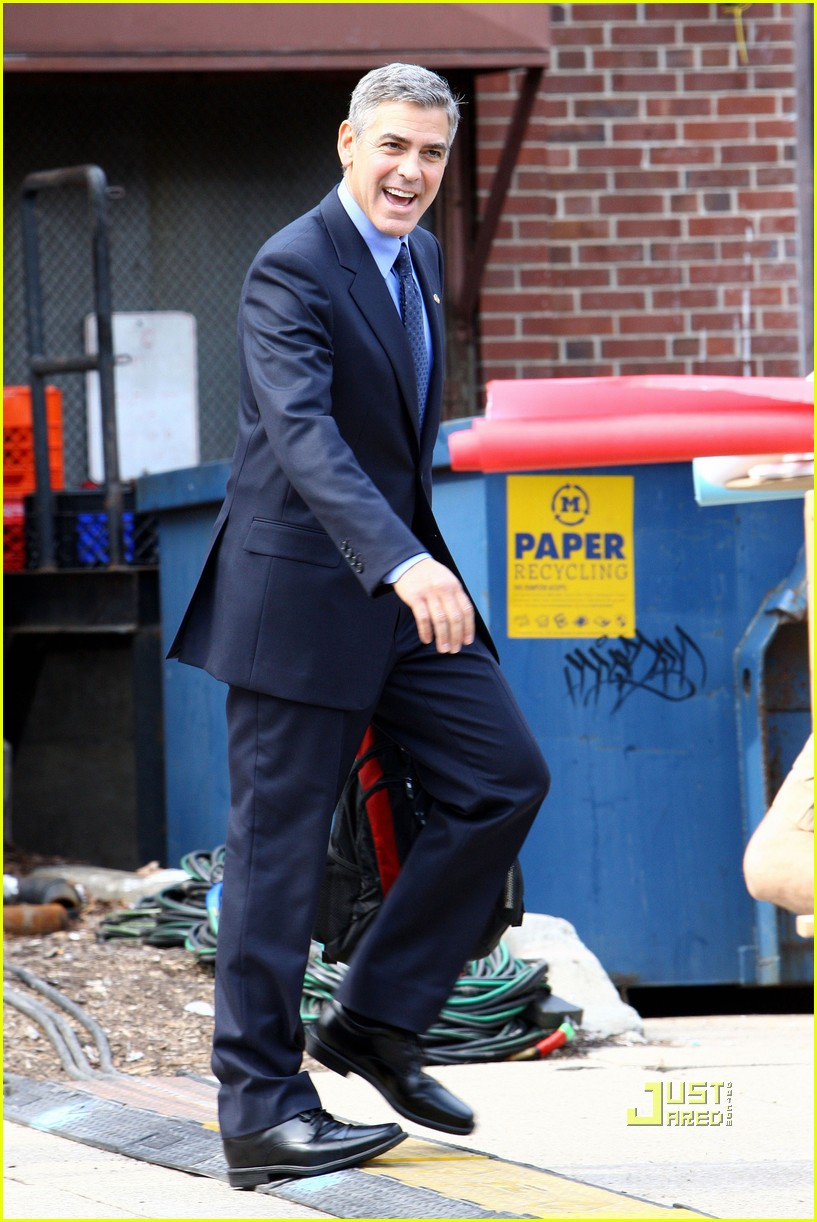Full sized photo of george clooney suit ides of march 05 photo