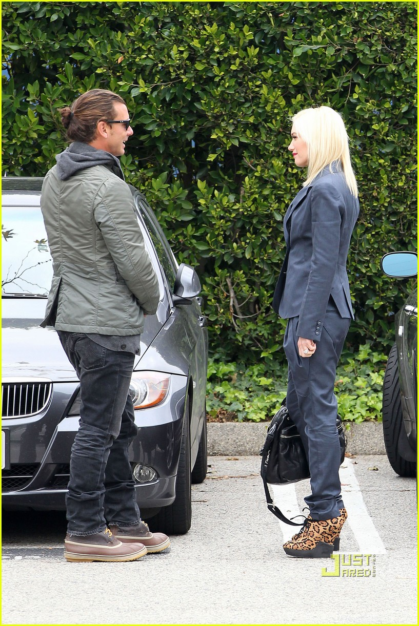 gwen stefani gavin rossdale kingston school 09