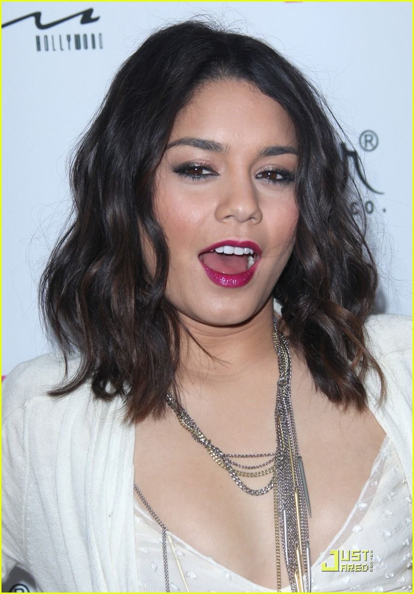 vanessa hudgens sucker punch nylon magazine 01