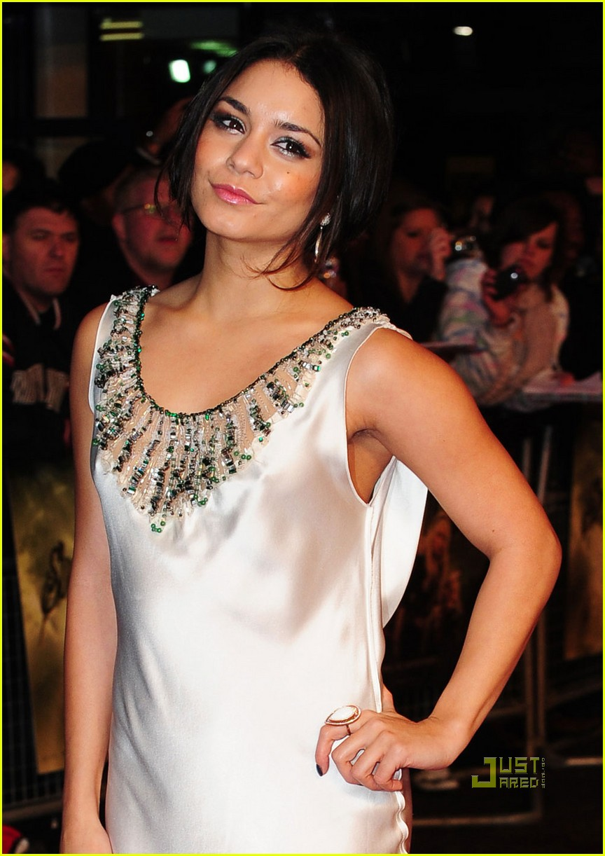 vanessa hudgens sucker punch london premiere 02
