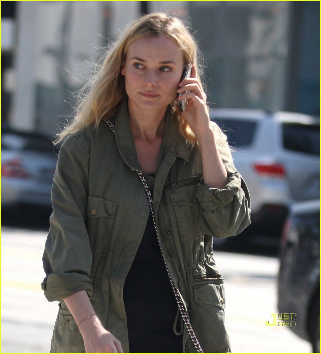 diane kruger military jacket phone 06