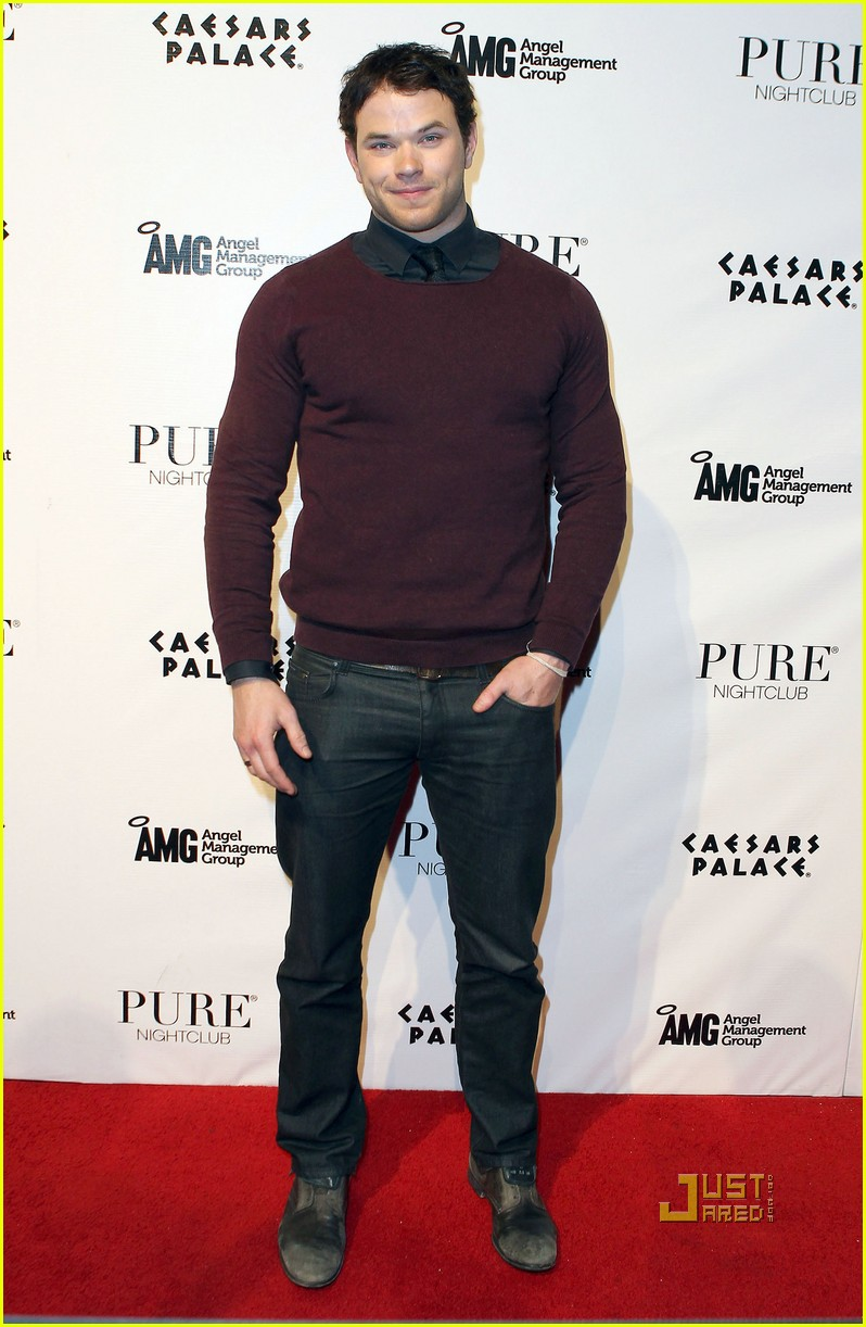 kellan lutz birthday pure nightclub 13